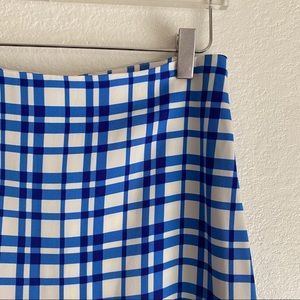 DVF white and blue plaid pencil skirt SZ 4